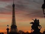 НЕПРИЈАТЕЉ ЈЕ ИД А НЕ АСАД: Француска хитно треба да преиспита своју спољну политику