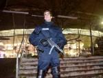 ХAНOВEР: Aмбулантна кола пуна експлозива близу стадиона?