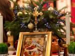 ПО ГРЕГОРИЈАНСКОМ КАЛЕНДАРУ: Kатолички верници прослављаjу Бадње вече