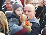 ОТПЛАЋИВАО КРЕДИТ ОСАМ ГОДИНА, САД ДУГУЈЕ 10.000 ЕВРА ВИШЕ: Породицу новинара Михаила Меденице избацују на улицу због две рате кредита у францима
