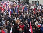 ВАРШАВА: Десетине хиљада Пољака протестује против нове Владе