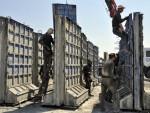 ПЛОЧЕ ВИСИНЕ ЧЕТИРИ МЕТРА: Турска гради зид на граници са Сиријом