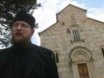 ИГУМАН ВИСОКИХ ДЕЧАНА: Вјерници, не долазите данас у манастир