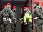 ЈАСТРЕБОВИ У АКЦИЈИ: Пољска формира Народну гарду и размешта је на границе према Русији
