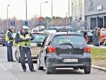НОВА ПРАВИЛА У СРБИЈИ: Ко не плати казну неће моћи да продужи возачку и саобраћајну дозволу