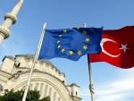 """""""ВЕЛТ"""": Турска сад тражи пет милијарди евра за решавање проблема избеглица"""
