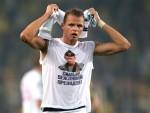 УЕФА: Истрага против Терасова, хапшења због напада на аутобус руских фудбалера