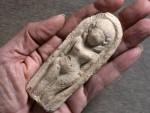 ЈОРДАНСКА ДОЛИНА: Дјечак пронашао фигурину стару преко три хиљаде година