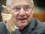 БЕРЛИН: Шојбле упозорава, постављају се темељи за нову економску кризу