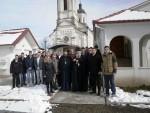 МЈЕСТО СТРАДАЊА: Ученици Цетињске богословије посјетили Јасеновац