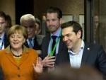 БЕРЛИН: Mеркелова и Ципрас нападаjу Балкан због затварања руте