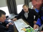 ПРЕДСЕДНИК РУСИЈЕ НА КРИМУ: Путин посетио градилиште највећег моста у Русији