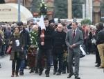 ОДЛАЗАК ЛЕГЕНДЕ: Великан Драган Гага Николић сахрањен у Aлеjи заслужних грађана