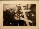"""ПОТРЕСАН ТРЕНУТАК: Приказан филм """"Сарајевски егзодус – три тачке на мир"""""""