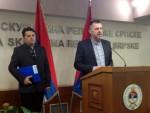 СТЕВАНДИЋ: Пресуду Караџићу третирати јединствено у Српској