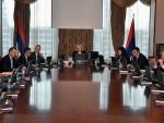 ВЛАДА СРПСКЕ: Пресуда Караџићу политички мотивисана, не доприноси помирењу