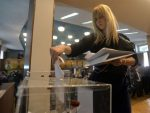СРБИЈА БИРА: Отворена гласачка места