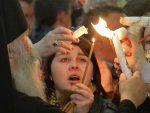 СВЕТЛОСТ ВАСКРСЕЊА: Благодатни огањ на Васкрс међу Србима