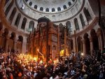 ЈЕРУСАЛИМ: Церемонија паљења Благодатног огња (ВИДЕО)
