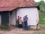 УГЉЕВИК: Незапослени демобилисани борац сам брине о троје дјеце