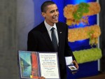 НИЈЕ ДОРАСТАО ДА СЕ УХВАТИ У КОШТАЦ СА ПРОБЛЕМИМА: Ко има користи од тога што је Обами жао?
