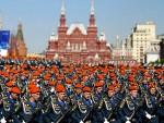 МОСКВА: Око 40.000 руских војника на парадама за Дан победe