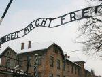 ОД 6.500 СС-ОВАЦА ИЗ АУШВИЦА ОСУЂЕНО МАЊЕ ОД – 50: Тужиоци траже затвор за 94-годишњег СС-овца из Аушвица