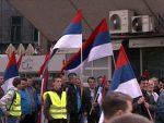 2.000 ПОЛИЦАЈАЦА ОБЕЗБЈЕЂУЈЕ СКУПОВЕ: У Бањалуци митинг владајуће коалиције и протест опозиције