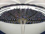 ЛУНАЧЕК ПОНОВИЛА: Сигурна сам да Србија неће приступити ЕУ без признања Косова