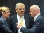 """ЛИЦЕМЕРЈУ УЕФА НЕМА КРАЈА: Оптужили Србију за """"мешање политике у спорт"""""""