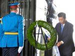 БЕОГРАД: Председник Кине положио венац на споменик Незнаном јунаку на Авали