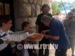 ПОЧАСНИ ГОСТ ПРВОГ САЈМА КЊИГА: Мухика допутовао у Андрићград