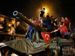 СВЕТСКИ МЕДИЈИ О ПОКУШАЈУ ПУЧА: Шта се заиста догодило у Турској