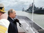 СЕВАСТОПОЉ: Најновији руски војни бродови на паради на Криму