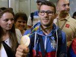 БEOГРAД: Златни Давор Штефанек стигао у отаџбину