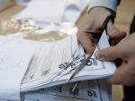 """РУСИ ГЛАСАЛИ ЗА ПУТИНА: """"Јединствена Русија"""" води на изборима за Државну думу"""