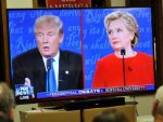 ФОРИН ПОЛИСИ: Клинтонова спремна да заузме много чвршћи став према Москви