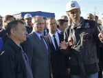МОСКВА: Путин у инспекциjи моста коjи треба да споjи Русиjу и Kрим