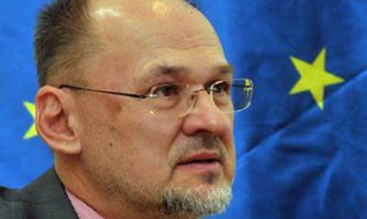 НАТО ПОРУКА: Kацин позвао на што хитниjе формирање владе Црне Горе