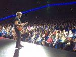 ПОЧЕЛА ТУРНЕЈА ПО ЈУЖНОЈ АМЕРИЦИ: Куста први концерт посветио Фиделу