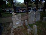 КНИН: Покојним Србима пријете избацивањем из гробова