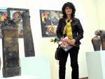 """ГРАДСКА ГАЛЕРИЈА УЖИЦА: Дела уметника широм света одушевила бројне посетиоце Изложбе уметничке керамике – уметница Софија Бунарџић ексклузивно за """"ИСКРУ"""" говори о јединствености изложбе"""