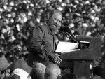 """КУБА: Почела деветодневна жалост, стотине студената узвикују """"Ја сам Кастро"""""""