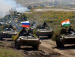 """КУПУЈУ 464 РУСКА ТЕНКА: """"Тенковски"""" уговор Индије и Русије од две милијарде долара"""