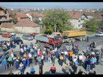 ЗВЕЧАН: Срби блоклирали пут због Мустафе