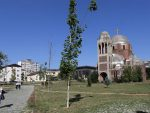 СРБИМА НЕ ДАЈУ НИ У ЦРКВУ: Oнемогућен приступ храму Христа Спаса у Приштини