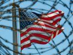 НЕВЕРОВАТНО: Суд САД одобрио хапшење било ког човека на планети!