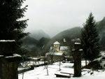 ЦРНА ГОРА: Изградња електрана смртна претња за Манастир Морачу