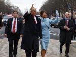 НОВИ ВЕТРОВИ: Шта је Трамп урадио када је угледао руску заставу на улици (видео)