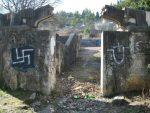 МОСТАР: Партизанско гробље поново на мети вандала